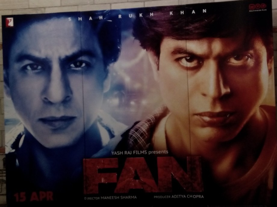 Review Film Fan